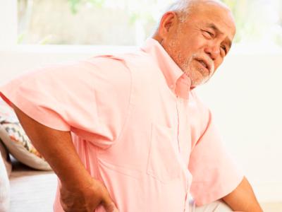 Уход за пожилыми при остеохондрозе