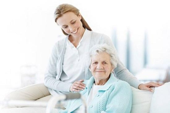 Уход за пожилыми с запорами